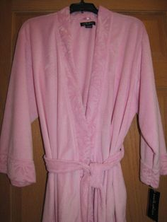 EARTH ANGELS by KOMAR 3/4 Sleeve Short Wrap Robe in Pink Size Large Ret $50 NWT #EarthAngels #Robes.  Everyone can use a new robe, especially one as soft and luxurious as this in a beautiful shade of pink.