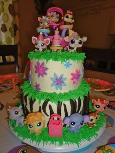 Littlest Pet Shop cake for family party 6th Birthday Parties, Birthday Cake Girls, Birthday Ideas, 9th Birthday, Birthday Cakes, Lps Cakes, Cupcake Cakes, Cupcakes, Little Pet Shop