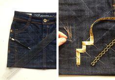 Mini falda denim con aplicaciones de cintas estilo étnica. 35c5234603de