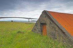 Foto da ponte de Skye, na Ilha de Skye, na Escócia.  Parte da Grã-Bretanha Express Travel and Heritage Library Imagem, coleção Escócia.