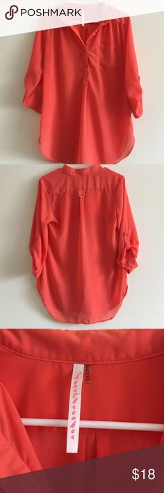 Orange/Peach Blouse Selling this gently used orange/peachy blouse. Bought it at Heartbreaker. *i think it's just a minnesota based company* the sizing runs a little small. I'd say the blouse is M/L.   🚫DON'T TRADE  💜OPEN TO OFFERS  🎀ALWAYS A SALE (I like to change it up)  💎 LOVE SHARING OTHER PEOPLES ITEMS  🍑 FAST SHIPPER  🌺 SAVE MONEY N BUNDLE  👍🏼 ONLY SHIP ON WEEKDAYS. (I usually work every weekend. The post offices are closed when I get off)  👑if you have any questions, feel free…