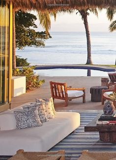 Beach Living - Outdoor Spaces to Inspire by the Sea Coastal Homes, Coastal Living, Beach Homes, Coastal Decor, Outdoor Rooms, Outdoor Living, Beautiful Homes, Beautiful Places, Dream Beach Houses