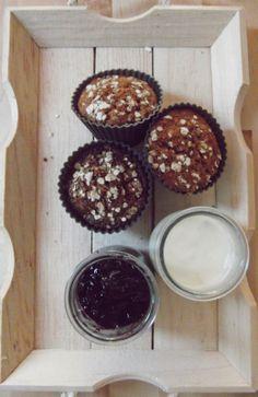 Cafetiz: Coffee-treats | Domingo de apapacho | Muffins de pera con avena.  ¡Que aproveche!  Homemade pear & oatmeal muffins recipe. Quick and easy!