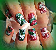 Xmas stripes acrylic nails