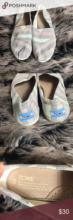 fe28fc17ff Toms Striped Flat Excellent preowned condition ❤️Feel Free To Make an Offer  🔥Fast Shipper 🎁Bundle Discounts ❌No Trades 🚫No Holds 👌Offers Only  Through ...