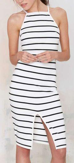 Striped Midi Dress ==