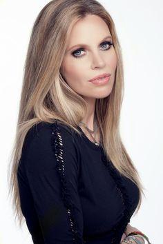 Kristin Bauer van Straten - American actress on Behance