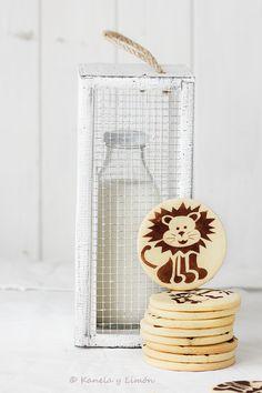 butter biscuits with cocoa animals Baby Food Recipes, Sweet Recipes, Dessert Recipes, Desserts, Chocolate Chip Cookies, Cocoa, Cookie Tutorials, Galletas Cookies, Biscuit Cookies