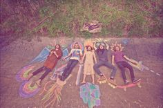 sidewalk chalk. best friends. photo shoot