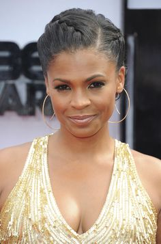 Nia Long put all the attention on her lashes with extralong falsies on the top and bottom. Her neutral lip hue allowed her eye makeup to truly stand out on the BET Awards red carpet. Nia Long, Protective Hairstyles For Natural Hair, Braided Hairstyles, Braided Updo, Long Hairstyles, Scene Hair, Protective Styles, Curly Hair Styles, Natural Hair Styles