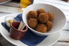 The top foods you must try when visiting Amsterdam! The number 1 thing to try is bitterballen (providing you are a meat eater)! They are delicious balls of heavenly goodness! Ok, we're lying - the. Dutch Recipes, Dog Food Recipes, Cooking Recipes, Fitness Nutrition, International Recipes, Food For Thought, Finger Foods, World Cup, Catering