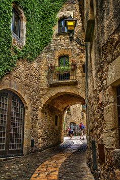 Экскурсии по Барселоне ! Качественный сервис, многолетний опыт работы в Барселоне http://viva-tour.net