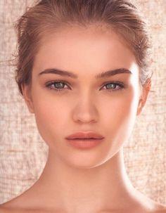 Le maquillage naturel du compte Pinterest de Caro Lyn