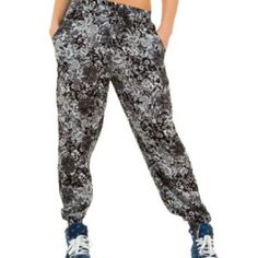 harem pants - trousers - black and white floral - fashion - trendy - style - purple reign Floral Fashion, Trendy Fashion, Harem Pants, Trousers, Purple Reign, Trendy Style, Women Wear, Black And White, Shopping