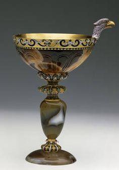 """""""Vaso de calcedonia con cabeza de águila"""", Anónimo, siglos V-IV a.C./ último tercio del siglo XVII"""
