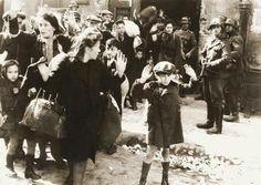 La historia de cómo miles de niños judíos sobrevivieron al horror de la Segunda Guerra Mundial ' Historia ' culturacolectiva.com | | LA VOZ NEWS
