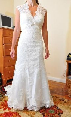 Used Allure Wedding Dress C155, Size 2    Get a designer gown for (much!) less on PreOwnedWeddingDresses.com