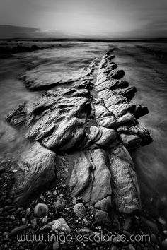 Last sunset in Barrika in Black and White by Iñigo Escalante on 500px