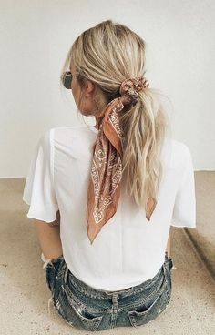 21 pretty ways to wear a scarf in your hair, easy hairstyle with scarf , hairsty. - 21 pretty ways to wear a scarf in your hair, easy hairstyle with scarf , hairstyles for really hot weather Scarf Hairstyles, Summer Hairstyles, Cool Hairstyles, Bandana Hairstyles For Long Hair, Hairstyle Ideas, Straight Hairstyles, Latest Hairstyles, Easy Messy Hairstyles, Hairband Hairstyle