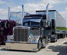 Truck Drivers U.A added a new photo. Custom Peterbilt, Peterbilt 359, Peterbilt Trucks, Show Trucks, Big Rig Trucks, Old Trucks, Heavy Duty Trucks, Heavy Truck, Custom Big Rigs