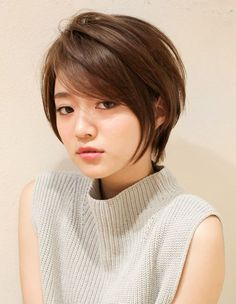 立体感のある小顔ショートヘア(YR-408) | ヘアカタログ・髪型・ヘアスタイル|AFLOAT(アフロート)表参道・銀座・名古屋の美容室・美容院 Asian Short Hair, Short Straight Hair, Girl Short Hair, Short Hair Cuts, Asian Pixie Cut, Girls Short Haircuts, Cute Hairstyles For Short Hair, Japanese Haircut Short, Costume Noir