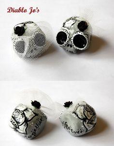 Custom Colours - Wedding Sugar Skull Cake Toppers in Grey and white  www.etsy.com/uk/shop/diablojos