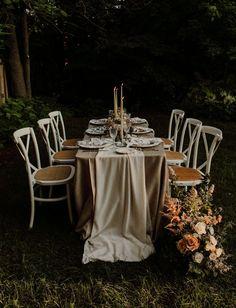 Intimate Backyard Elopement Inspiration Intimate Wedding Ceremony, Ethereal Wedding, Wedding Reception Tables, Intimate Weddings, Reception Ideas, Garden Wedding Inspiration, Elopement Inspiration, Wedding Guest List, Wedding Pics