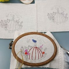 #embroidery #wool#vintage #antique#quilt#brooch#handmade#needleworks#handcraft#ribbon#리본자수#프랑스자수#평택자수 #자수타그램 #엔틱자수 #게으른울실#자수수업  미니 크레놀린  #크레놀린
