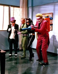 A Bevy of Batman Villains attempt to inconvenience the dynamic duo. Lee Meriwether as Catwoman, Frank Gorshin as The Riddler, Burgess Meredith as Penguin and Cesar Romero as The Joker.