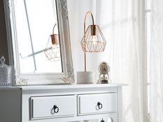 Pöytävalaisin kupari MOONI keskikokoinen Beliani, Decor, Table, Single Vanity, Vanity, Furniture, Nightstand, Floating Nightstand, Home Decor
