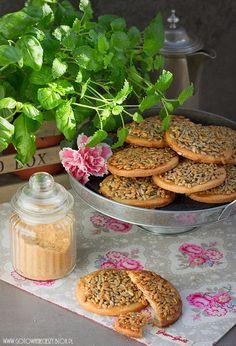 Maślane ciasteczka z karmelizowanym słonecznikiem - Biscuiti cu unt si seminte de floarea soarelui caramelizate ♥