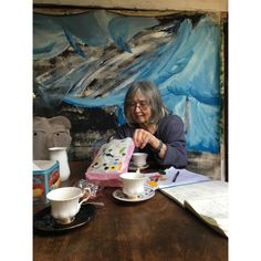 Tea & Candy with Rose  #studiovisit #rosewylie #tea #candy #britishpainter #kent #tate #jerwood #uniongallery #ra