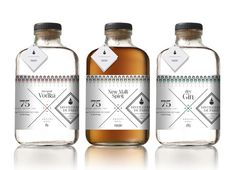 3 bouteilles Made in Paris 3 liquors bottle #packaging PD