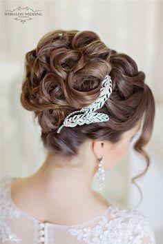 Really Pretty Wedding Hairstyles for Long Hair - Trend Frisuren Wedding Hair And Makeup, Wedding Updo, Wedding Hair Accessories, Bridal Hair, Hair Makeup, Wedding Hairstyles For Women, Elegant Hairstyles, Bride Hairstyles, Cool Hairstyles