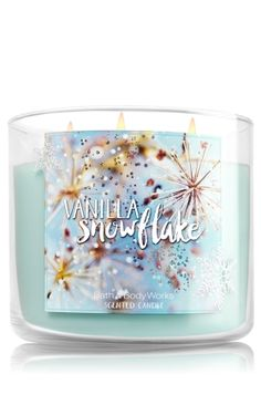 Vanilla Snowflake 3-Wick Candle - Let it snow! A delectable blend of creamy vanilla, wintry mint & a dash of coconut
