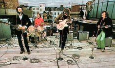 Beatles last concert. Last Beatles concert on the rooftop of Apple building Ringo Starr, George Harrison, Paul Mccartney, John Lennon, Recital, Heavy Metal, 40 Years Ago Today, 45 Years, Apple Corps