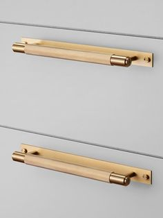 52 ideas bath room accessories brass drawer pulls for 2019 Brass Cabinet Hardware, Kitchen Cabinet Pulls, Brass Kitchen, Kitchen Hardware, Home Hardware, Kitchen Knobs, Kitchen Handles, Kitchen Cabinets, Knobs And Pulls