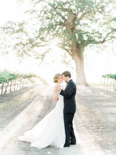 Classy contributed California wedding Buy now! (Also Purchase Now! Wedding Picture Poses, Wedding Poses, Wedding Pictures, Wedding Day, Wedding Bride, Boho Wedding, Wedding Decor, Wedding Images, Wedding Couples