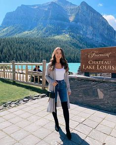 """…"""" Jessica Ricks, Perfect Legs, Perfect Woman, Fall Winter Outfits, Autumn Winter Fashion, Under The Knee Boots, Hapa Time, Banff, Autumn Summer"""