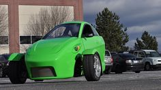Elio Motors is forging ahead with plans for a cheap, efficient 3-wheeled vehicle that could prove an attractive option for many drivers.