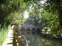 """Pazo de oca http://gl.wikipedia.org/wiki/Galería_de_imaxes_da_Estrada """"Pazo de Oca.Galiza"""" por Roberto Abizanda de Zaragoza, Aragón - Flickr. Baixo a licenza CC BY-SA 2.0 a través de Wikimedia Commons - http://commons.wikimedia.org/wiki/File:Pazo_de_Oca.Galiza.jpg#mediaviewer/File:Pazo_de_Oca.Galiza.jpg"""