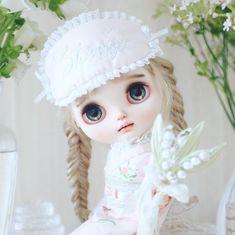 Doll, Instagram, Baby Dolls, Flowers, Puppet, Dolls, Baby