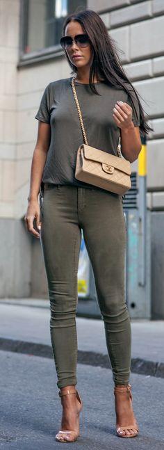 Shoes: LA STRADA | Jeggings: RIVER ISLAND | Tee: RIVER ISLAND Sunglasses: DITA | Bag: CHANEL