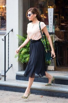 Eva Mendes. The most fabulous. The Best of casual fashion in 2017.