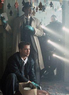 Brad Pitt, Morgan Freeman in Se7en (1995) dir. David Fincher