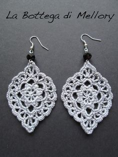 Best Ideas for crochet lace earrings beads Crochet Jewelry Patterns, Crochet Earrings Pattern, Crochet Bracelet, Crochet Accessories, Crochet Motif, Crochet Flowers, Crochet Lace, Crochet Jewellery, Thread Crochet