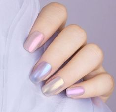Our friends who love transparent nails look at here, we have launched a new version of the Glitter Nail Polish Transparent Shell Glimmer Series. 5 shades for your choice, do you love it? Nail Polish Sets, Nail Polish Trends, Nail Polish Colors, Cute Acrylic Nails, Glitter Nails, Clear Nails, French Nails, Nails Gelish, Chameleon Nails