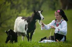 Love the traditional Romanian blouse! Visit Romania, City People, Countries Of The World, Kids Wear, Elves, Animals Beautiful, Countryside, Folk, In This Moment