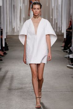 Milly Spring 2016 Ready-to-Wear Collection Photos - Vogue New York Fashion, Fashion News, Runway Fashion, Spring Fashion, High Fashion, Fashion Show, Fashion Outfits, Fashion Trends, Haute Couture Style