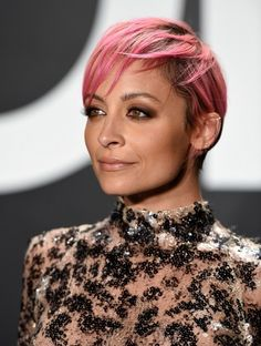 My Life in Paints, Powders and Pigments: Get The Look: Nicole Richie at the Tom Ford Autumn/Winter 2015 Show in Los Angeles Short Blonde Pixie, Pixie Haircut For Thick Hair, Short Hair With Bangs, Short Hair With Layers, Short Hair Cuts, Short Hair Styles, Short Weave Hairstyles, Fancy Hairstyles, Black Hair With Highlights